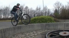 "Alastair ""Ali C"" Clarkson Mountain Bike Tricks"