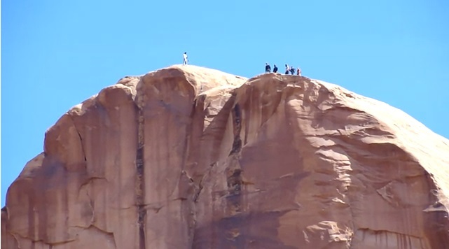 Youtube BASE Jumping Tombstone in Moab, Utah