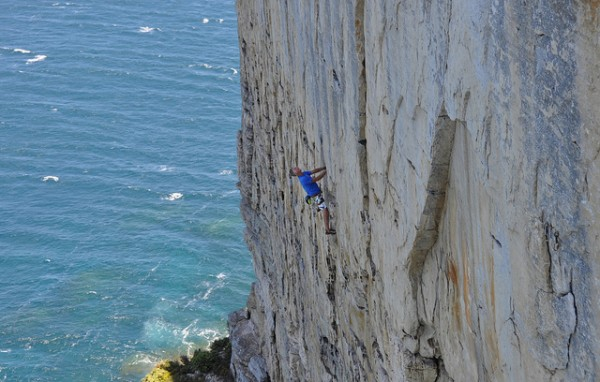 5 best rock climbs in sydney point perpendicular