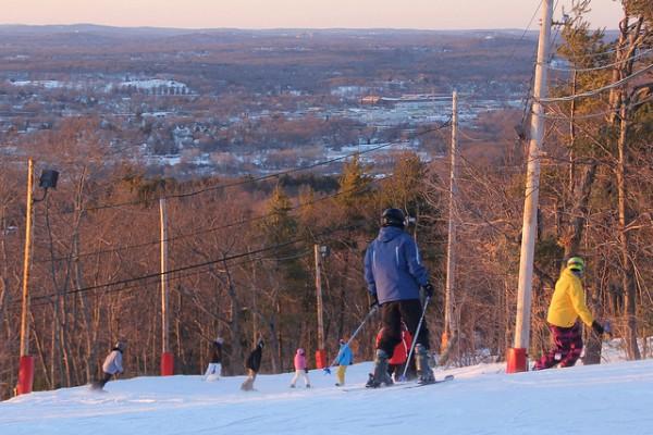 top 5 ski resorts near boston blue hills ski area