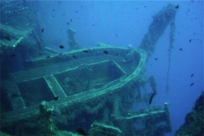 zenobia-wreck-scuba-diving